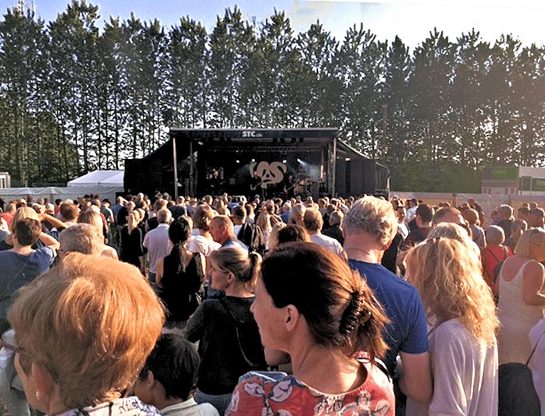 Mange tusind gæster til Big Fat Snake koncert